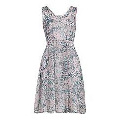 Cutie - Pink feminine floral print dress