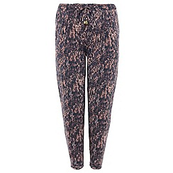 Threads - Black tiger print waist tie jogger