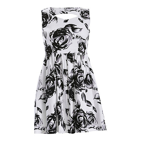 Jolie Moi - White floral fit and flare dress