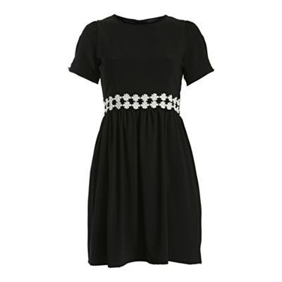 Cutie Black daisy trimming dress - . -