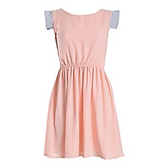 Cutie - Pink waisted pastel dress