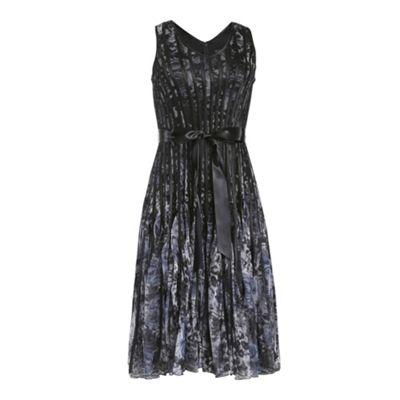 Chase 7 Black accordian dress - . -