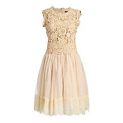 Jolie Moi - Beige crochet lace overlay mesh prom dress