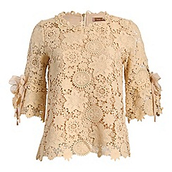 Jolie Moi - Beige crochet lace 3/4 sleeve top