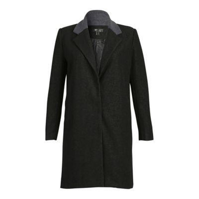 Cutie Black contrast colour coat - . -