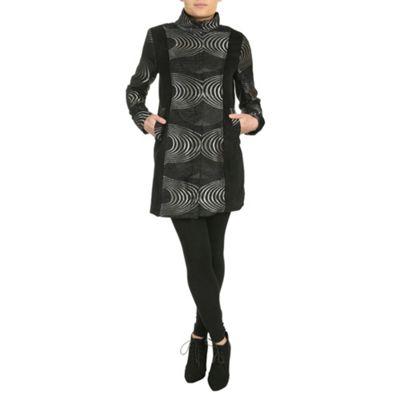 Chase 7 Black long sleeve embossed detailed coat - . -