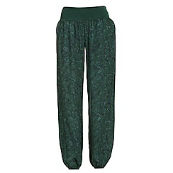 NandWillow - Green tapestry slouchies