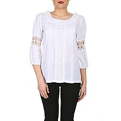Izabel London - White 3/4 sleeve top