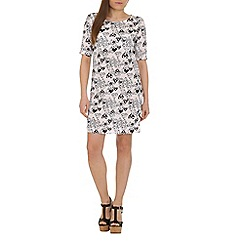 Cutie - White heart print t-shirt dress