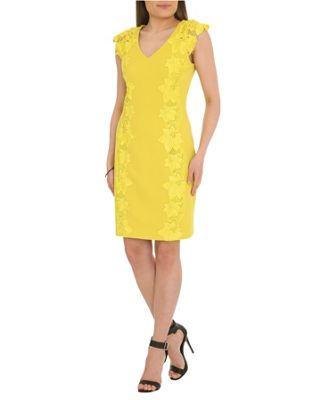 Yellow Coloured Mother Of The Bride Outfits And Dresses