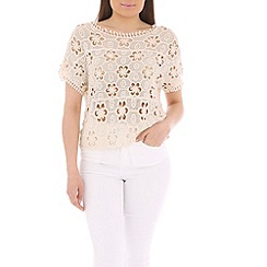 Tenki - Cream lace flower crop top