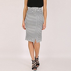 Izabel London - White overlap stripe skirt