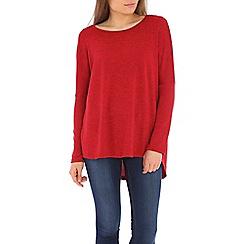 Izabel London - Red round neck top in fine knit