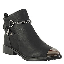 Betsy - Black chain detail boot