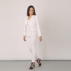 Izabel London - White long sleeve smart jacket