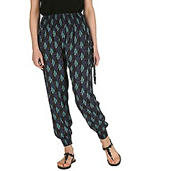 Izabel London - Black shirring waist print trousers