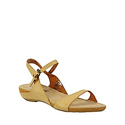 Betsy - Beige low wedge sandals