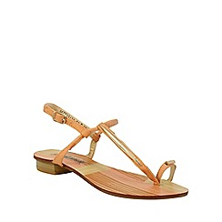 Betsy - Pale pink simple sandals with toe loop