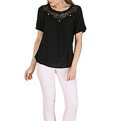 Solo - Black perla lace top