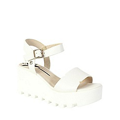 Betsy - White chunky contrast platform wedge