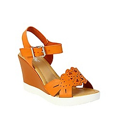 Betsy - Orange laser design wedge