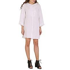 Amaya - White onesize tunic with embroidery