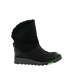 Marta Jonsson - Black northern light suede boots