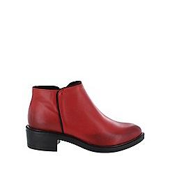 Marta Jonsson - Red medium heel ankle boots