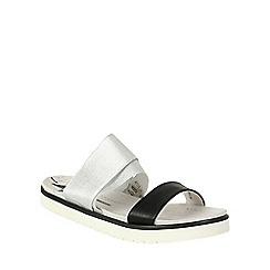 Betsy - Silver metallic sandal