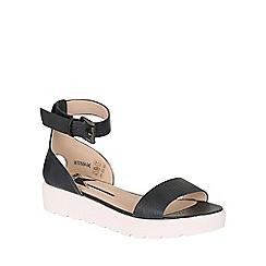 Betsy - Navy flatform sandal