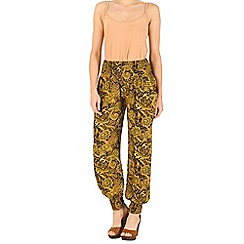 Izabel London - Yellow optical printed trousers