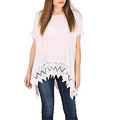 Voulez Vous - White crochet hem boxy top