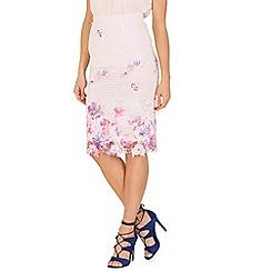 Cutie - White floral lace pencil skirt