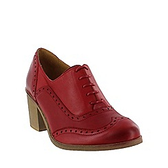 Marta Jonsson - Red  block heeled brogue