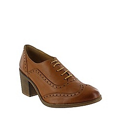 Marta Jonsson - Tan  block heeled brogue