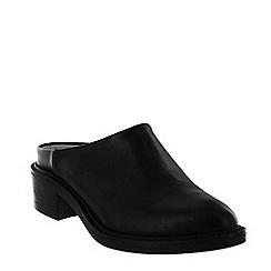 Marta Jonsson - Black mule shoe