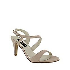 Marta Jonsson - Light pink asymetric sandal
