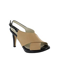 Marta Jonsson - Cream cross front sandals
