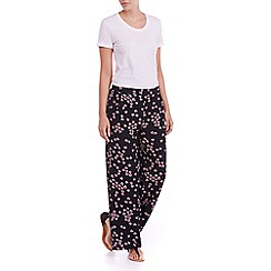 Sugarhill Boutique - Navy floral palazzo pants