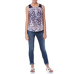 Sugarhill Boutique - Blue ellie blurred floral top