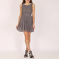 Mela - Grey pearl neck pleated dress