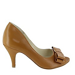 Marta Jonsson - Tan peep toe court shoe