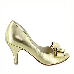 Marta Jonsson - Gold peep toe court shoe