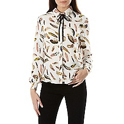 Sugarhill Boutique - Cream catrina feather print shirt