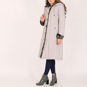 David Barry Silver ladies faux fur trimmed raincoat