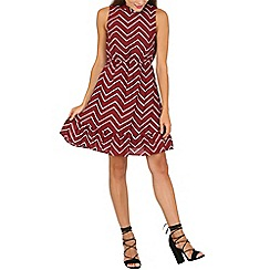 Mela - Maroon zig zag print dress