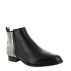 Marta Jonsson - Silver ankle boot with zip