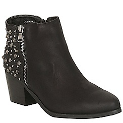 Betsy - Black heeled studded boot