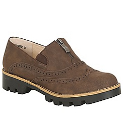 Betsy - Brown patent chunky brogue