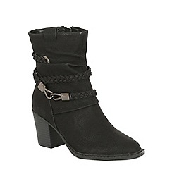 Betsy - Black heeled ankle boot